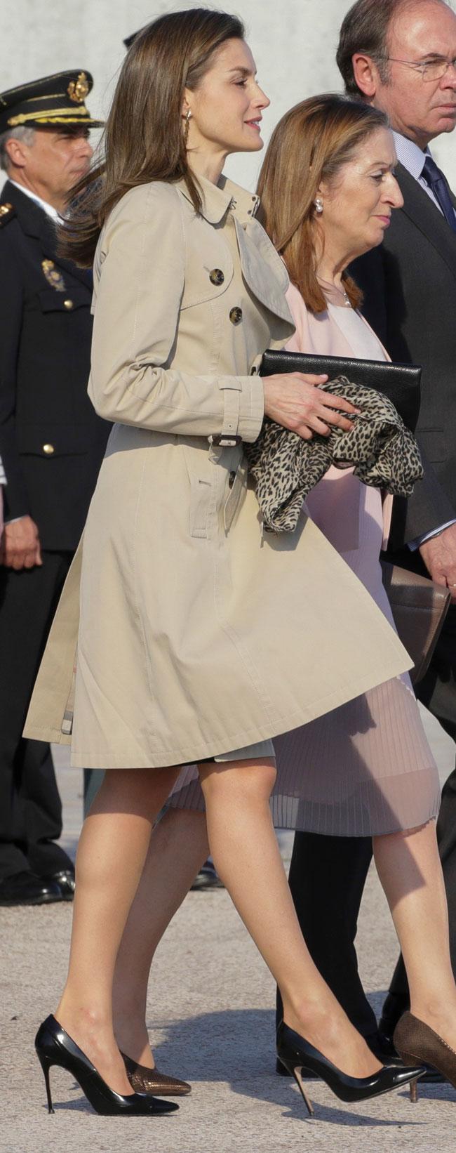 Letizia ortiz la reina más odiada y más envidiada a la vez - Página 2 1-44